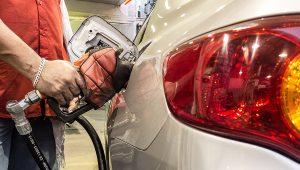 Petrobras anuncia quedas de 0,80% no preço da gasolina e de 0,50% no diesel