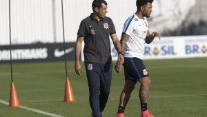Carille faz quatro mudanças no Corinthians para encarar o Patriotas