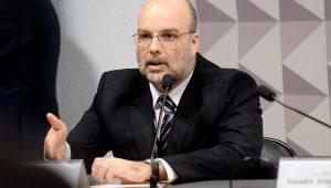 Projeção para C/C em julho é de déficit de US$ 5,6 bilhões, diz Fernando Rocha
