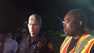 Oito pessoas mortas são encontradas dentro de caminhão no Texas