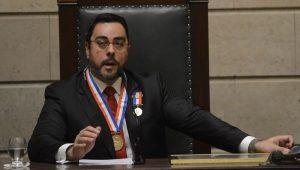 "Bretas critica senadores petistas por ""violência"""