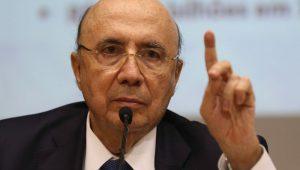 """É preciso trabalhar para Brasil ir """"cada vez mais para a frente"""", diz Meirelles"""