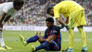 Suárez sofre lesão e desfalca Uruguai e Barcelona por quatro semanas