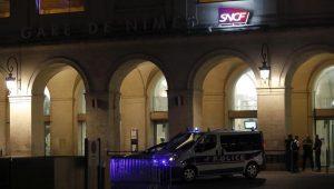 Homem é preso em estação de trem na França por carregar pistola