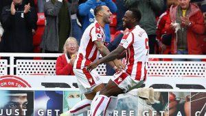 Arsenal decepciona fora de casa e perde para o Stoke City no Campeonato Inglês