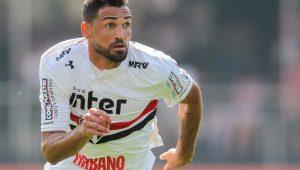 Empresário diz que Gilberto não deverá renovar contrato com o São Paulo