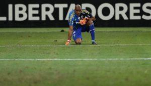 Rara, mas não grave: entenda a lesão que assustou Jailson e os torcedores do Palmeiras