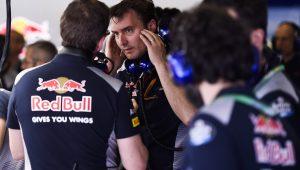 Toro Rosso renova contrato com diretor-técnico