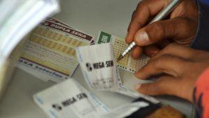Mega-Sena acumula e próximo prêmio pode chegar a R$ 33 milhões