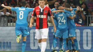 Napoli e Sevilla confirmam vantagem e seguem para a fase de grupos da Liga dos Campeões