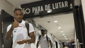 Carille dá aval e Corinthians encaminha a compra do volante Paulo Roberto