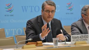 """Previsão para o comércio global em 2018 é de """"retomada gradual"""", diz diretor da OMC"""