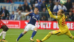 Atual vice-campeão, RB Leipzig estreia com derrota para o Schalke no Alemão