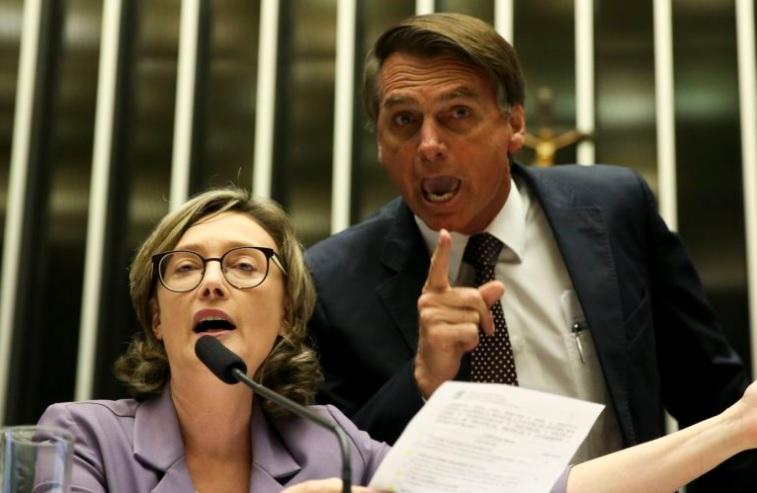 Resultado de imagem para MARIA DO ROSÁRIO E BOLSONARO