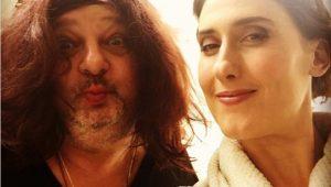 "Érick Jacquin surge de peruca e diverte Paola Carosella: ""amo meu trabalho"""