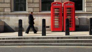Mais de 20 mil cabines telefônicas serão removidas no Reino Unido por falta de uso e custos altos