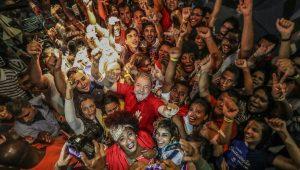 Estrategistas querem manter candidatura de Lula até setembro, quando começa o horário eleitoral