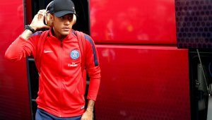 Neymar fica fora do TOP 10 da UEFA 16/17