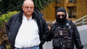 Vaccarezza faz exame de corpo delito no IML