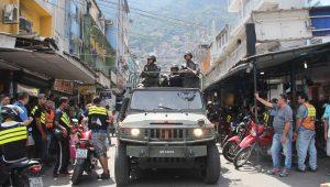 Rocinha tem madrugada sem ocorrências e moradores voltam às ruas