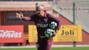 Hernanes e Pratto não treinam e devem desfalcar São Paulo contra o Coritiba