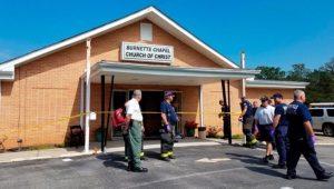 Tiroteio em igreja nos Estados Unidos deixa oito feridos