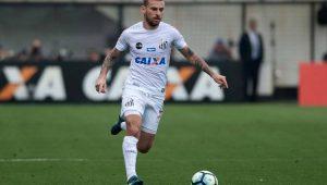 Palmeiras deve fechar com o meia Lucas Lima, do Santos, até a próxima semana