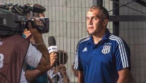 Futebol Ponte Preta Eduardo Baptista