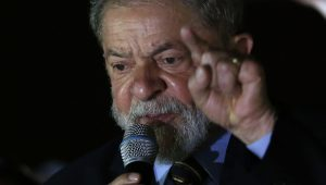 Lula é o chefão do maior esquema corrupto da história da humanidade