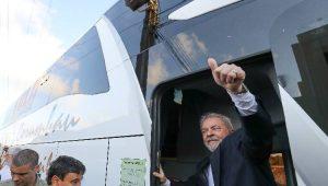 Caprichando na pose de perseguido, Lula volta a comparar-se com Getúlio