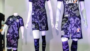 Patrulha maluca? Novo uniforme do Santos vira piada nas redes sociais