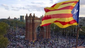 Espanha pode frear intervenção na Catalunha se Puigdemont convocar eleições