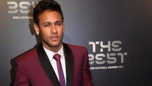 """Neymar: """"Estou feliz por estar no mesmo grupo que Cristiano e Messi"""""""