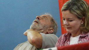 Lula diz que fará referendo para revogar reformas de Temer se for eleito