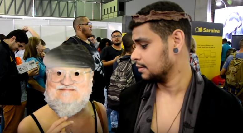 """O autor de GoT descobriu a paixão do público brasileiro. E ficou """"um pouco aterrorizado"""""""
