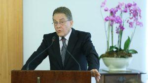 Presidente do BNDES crê em crescimento da economia em quase 4% no ano que vem