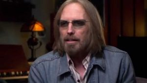 Após noticiar morte de Tom Petty, TV se retrata e diz que cantor está internado em estado grave