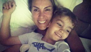 Ana Hickmann registra boletim de ocorrência contra mulher que xingou seu filho