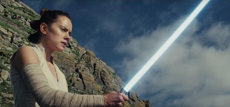 """Rey no trailer de """"Star Wars: Os Últimos Jedi"""""""