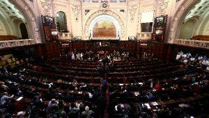 Plenário da Alerj aprova a revogação de prisão de Picciani, Melo e Albertassi