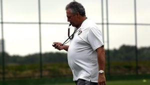 "Risco de enfraquecer Mattos ""ajudou"" Palmeiras a desistir de Abel"