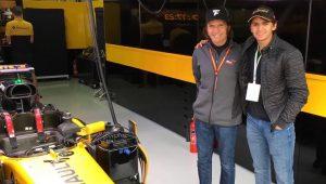 """Triste com ausência brasileira, Fittipaldi vê Pietro na F1 """"em alguns anos"""""""