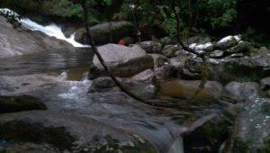 Italiano morre após cair de cachoeira em São Sebastião, litoral norte de SP