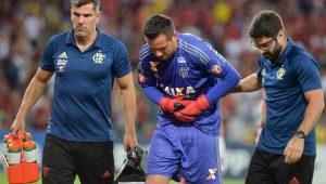 Flamengo confirma fratura na clavícula de Diego Alves após vitória na Sul-Americana
