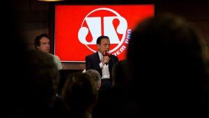 João Doria participa de debate com time de comentaristas da Jovem Pan