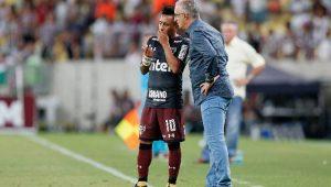Sem Cueva, Dorival Junior faz mistério em escalação do São Paulo contra Botafogo