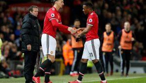 No retorno de Ibra, Manchester United goleia e segue na vice-liderança do Inglês