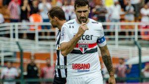 Pratto revela ter jogado com dores e inicia tratamento no São Paulo
