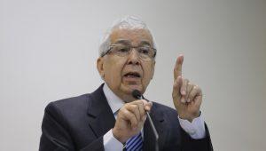 Casamento entre CLT e reforma trabalhista pode provocar atritos, diz ex-presidente do TST