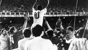 Gol mil de Pelé completa 48 anos; relembre-o na voz de Joseval Peixoto